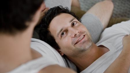 El 83% de los hombres gays han enviado fotos de su pene