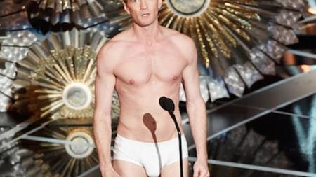 Neil Patrick Harris y su gran paquete en los Oscars 2015