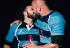 Italia: El beso de dos jugadores de rugby gays, en portada de SportWeek