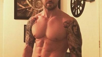 Joe Putignano, el sexy y caliente acróbata que alborota las redes sociales