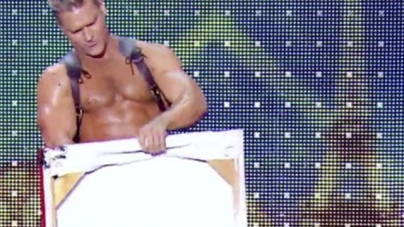 Brent Ray Fraser en 'France's Got Talent' pintando con el pene