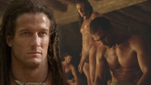 407_mike-edwards-desnudo-muestra-enorme-pene-spartacus