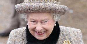 Inglaterra: Reina Isabel II está en contra del matrimonio gay