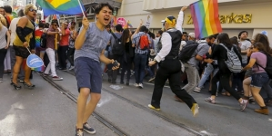 Turquía: Prohíbe marcha del Orgullo Gay alegando seguridad