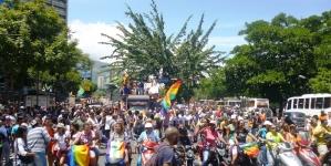 Venezuela: Caracas pintó los prejuicios de colores