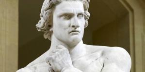 ¿Por qué las estatuas griegas tienen micropene?
