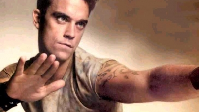 Robbie Williams se desnudó para la revista Attitude
