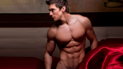Las fotos más sensuales del cantante country gay ¡Steve Grand!
