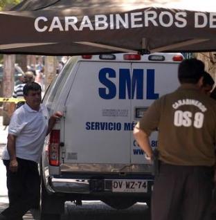 Chile: Gay es asesinado frente a su pareja mientras limpiaban el jardin de su casa