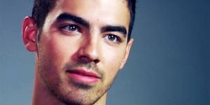 Joe Jonas revela que hombres le gustaría que fueran sus amantes gay en el cine