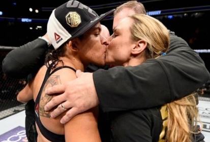 USA: El beso lésbico más romántico de la UFC