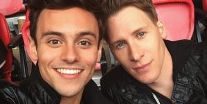 Tom Daley tuvo cibersexo en Snapchat mientras estaba en un descanso con Dustin Lance