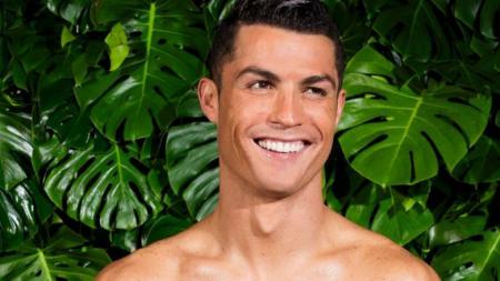 Cristiano Ronaldo modela su nueva coleccion de boxers