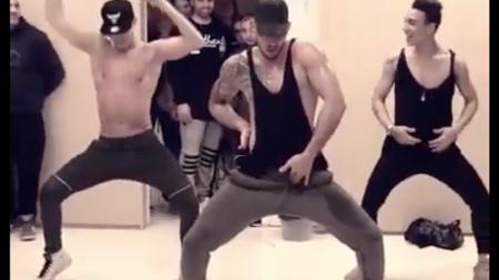 Bailarines se hacen viral bailando DESPACITO de Luis Fonsi