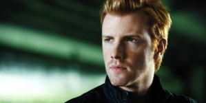 Daniel Newman, Actor de 'The Walking Dead' sale del clóset