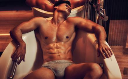 Alexsandro Duarte: De futbolista a modelo de ropa interior