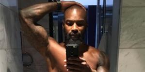 Tyson Beckford se desnuda y muestra el culo en Instagram
