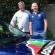 Australia: Papá coloca etiquetas de igualdad a su auto para apoyar a su hijo homosexual