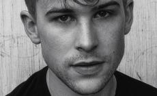 Tommy Dorfman habla sobre su personaje gay en 13 Reasons Why