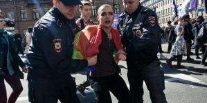 Rusia: Continúa la cacería de hombres gay en Chechenia