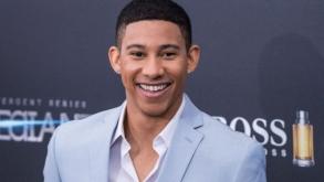 El actor de The Flash, Keiynan Lonsdale salió del armarió como bisexual