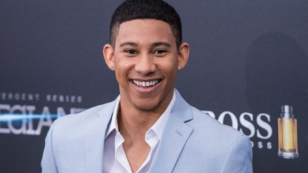 El actor de The Flash, Keiynan Lonsdale salió del armarió como bisexual