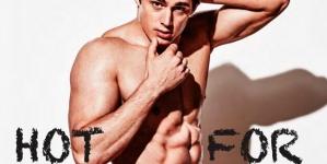 Pietro Boselli desnudo en la revista Attitude