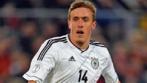 El futbolista Maximilian Kruse muestra su gran talento