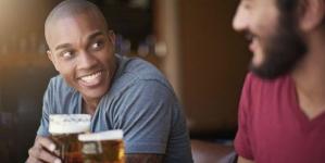 Las parejas que se emborrachan juntas duran más