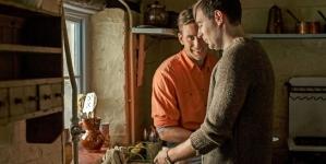 Man In An Orange Shirt, nueva serie gay de la BBC