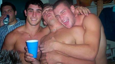 Estudio prueba que los heteros se sienten más atraídos por otros hombres cuando beben