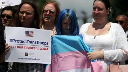 USA: Jueza bloquea el veto de Donald Trump a soldados trans
