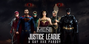 """MEN presenta su parodia porno Gay de """"La Liga De La Justicia"""""""