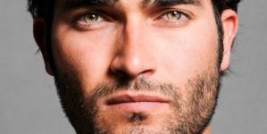 Los Gay sentimos mayor atracción por los hombres con el mismo color de ojos que nuestro padre