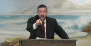 USA: Pastor cristiano como regalo de navidad pide que asesinen a todos los gays