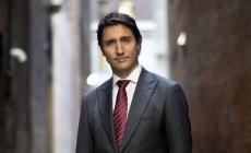 Justin Trudeau posa para la portada de la revista Gay Attitude