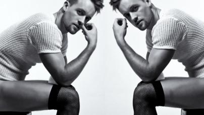 La foto más sensual de Simon Sherry-Wood