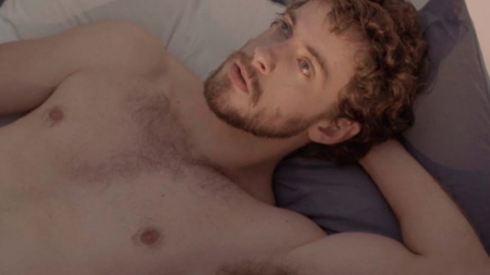 Authentic, el corto gay que cuenta cómo es ser adicto al sexo