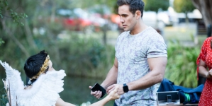 Serie Neighbours en Australia hace historia con una propuesta de matrimonio entre dos hombres