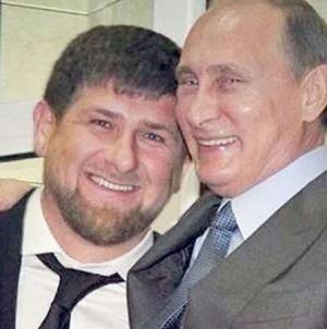 Chechenia: El presidente obliga a un gay a pedir perdón en televisión