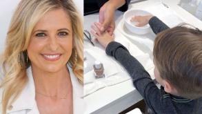 Sarah Michelle Gellar lleva a su hijo a que le pinten las uñas