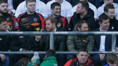 Inglaterra: El príncipe Harry se encuentra con equipo gay de rugby