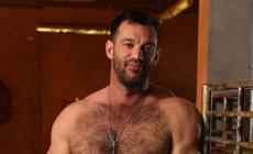 Descubren que su profesor de matemáticas fue actor porno gay