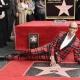 RuPaul es la primer Drag Queen en tener su estrella en el paseo de la fama