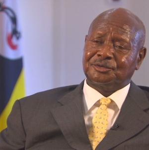 Uganda: El presidente quiere prohibir el sexo oral