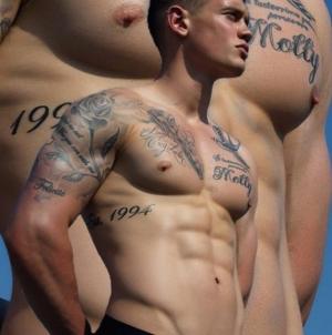 Charlie Auterac desnudo para Desnudo Magazine