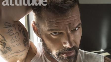 Ricky Martin se lamenta por haber ocultado su homosexualidad
