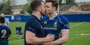 Jugadores de rugby desafían opiniones anti gay