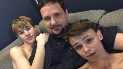 Dueño de sitio porno gay se retira después de negar que haya violado a los actores