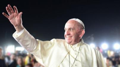 """Papa Francisco: """"Que tú seas gay no importa. Dios te hizo así y te quiere así"""""""